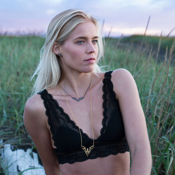 SEB Icelandic Fashion Jewellery Bird Swan Necklace Earrings Gold Silver Black Sand Beach Nature Model Midnight Sun Nordic